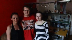 Vlada en compagnie de Natacha sur notre gauche ainsi que Julia sur notre droite!